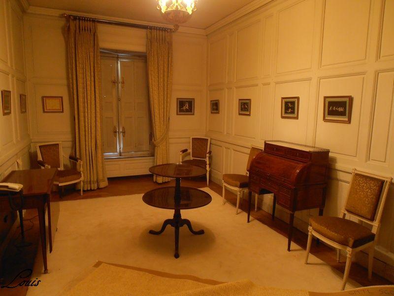 Un président chez le roi - De Gaulle à Trianon 4_salo10