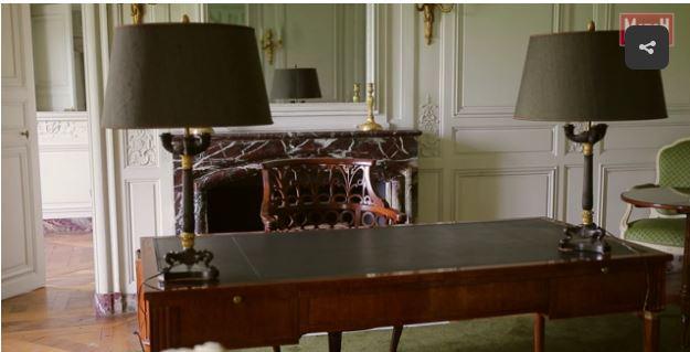 Un président chez le roi - De Gaulle à Trianon 52810