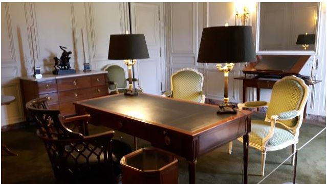 Un président chez le roi - De Gaulle à Trianon Captur14
