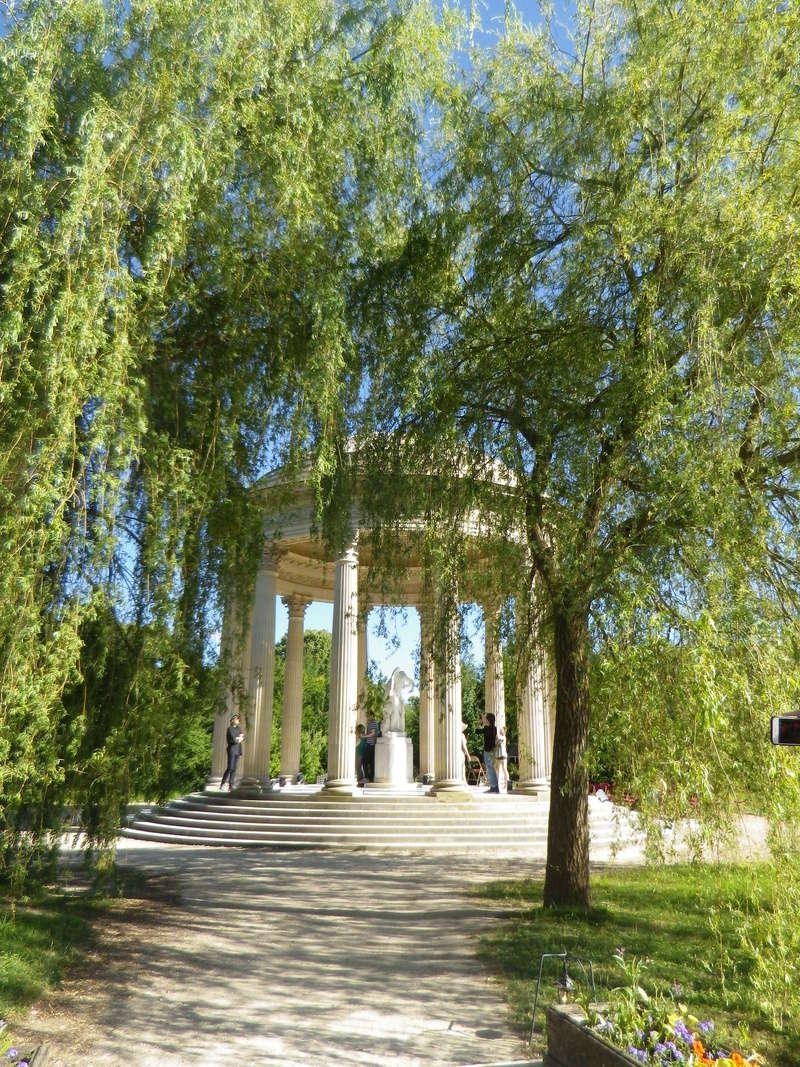 Le Temple de l'Amour, au Petit Trianon Pique_11