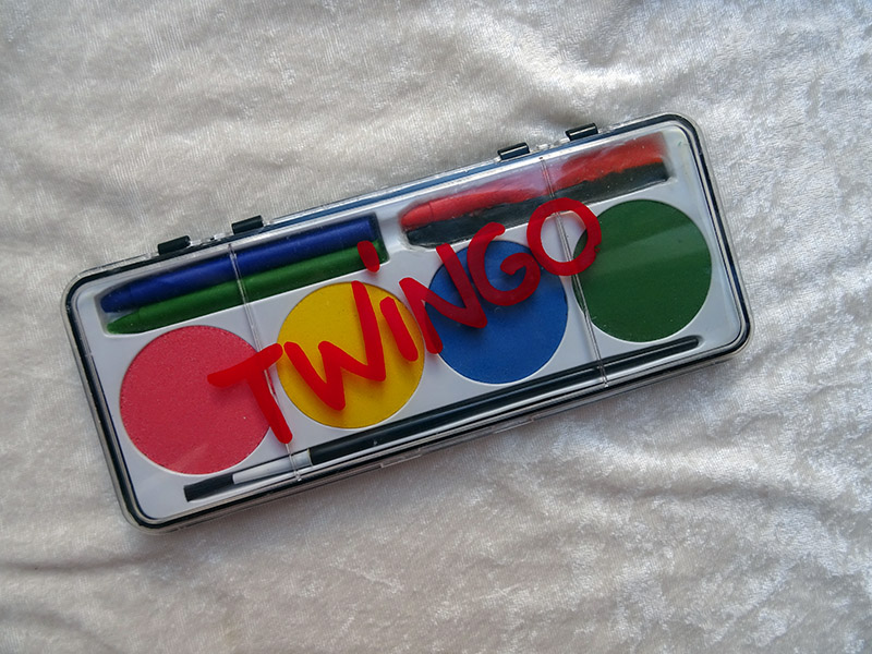 Objet Officiel Twingo Dsc06517