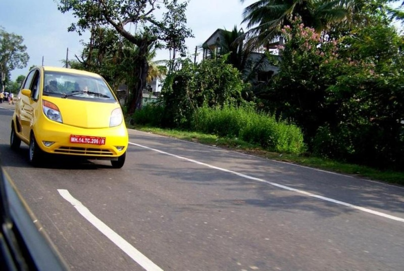 Exclusive Road Pictures of Tata Nano 110