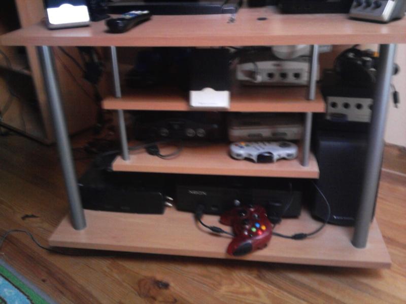 Avez- vous une pièce pour votre collection de jeux et consoles. Photo014