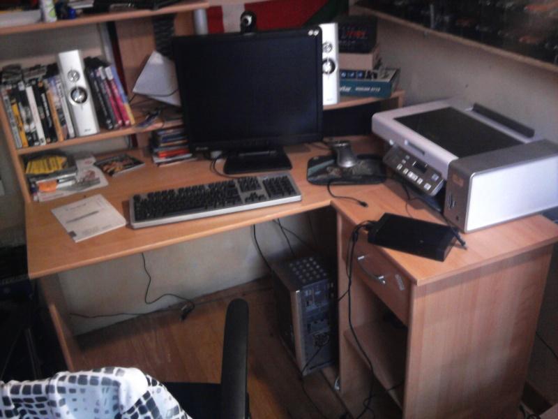 Avez- vous une pièce pour votre collection de jeux et consoles. Photo016