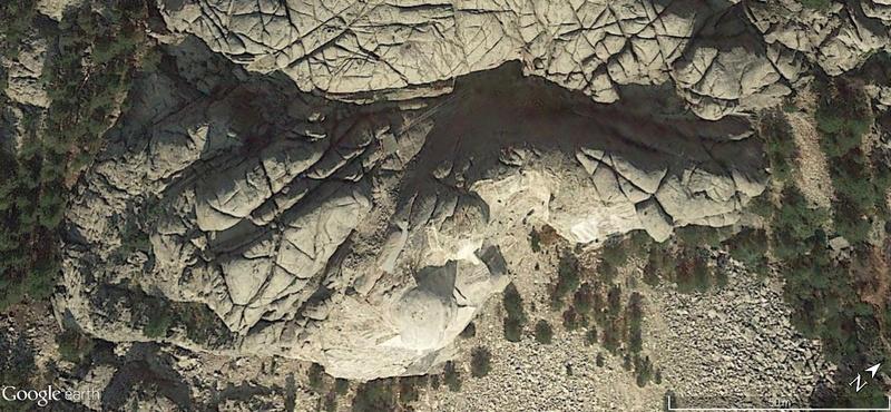 Tête de mort sur le Mont Rushmore, Dakota du Sud - Page 2 0i2k1528