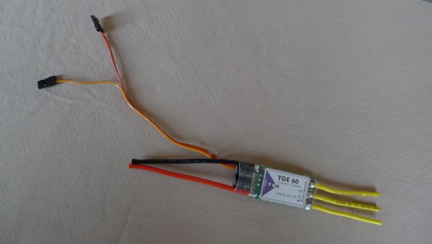 NEW CONTROLLEUR YGE 40A 60A P1050011