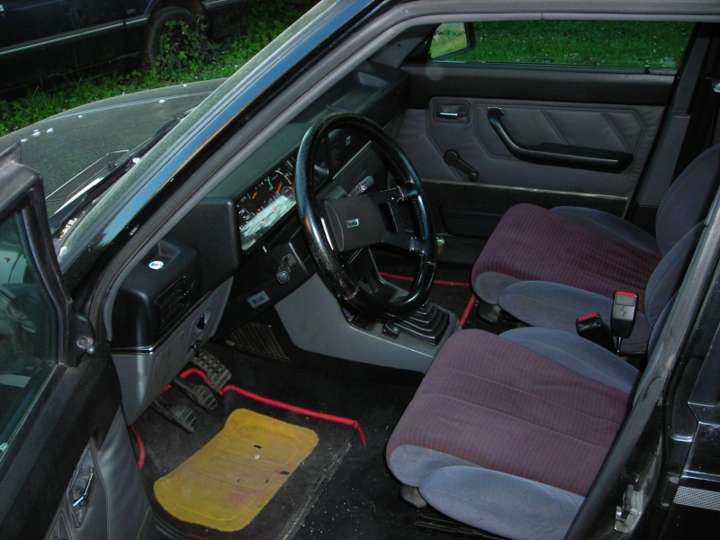 R9 Turbo noire - Page 3 Dscn1011