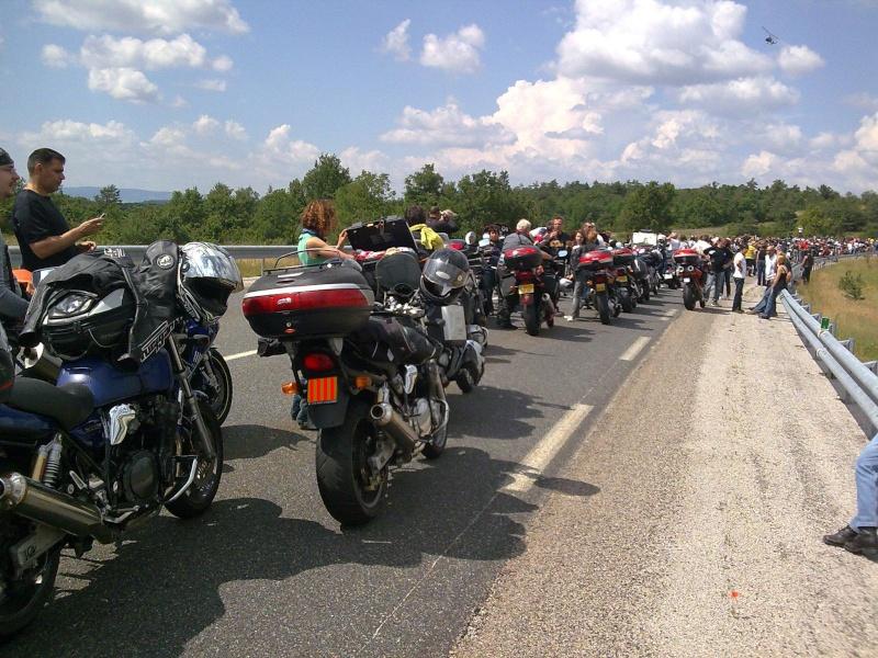 [CR] Les motards du viaduc. Millau 04/07/2010 Photo011