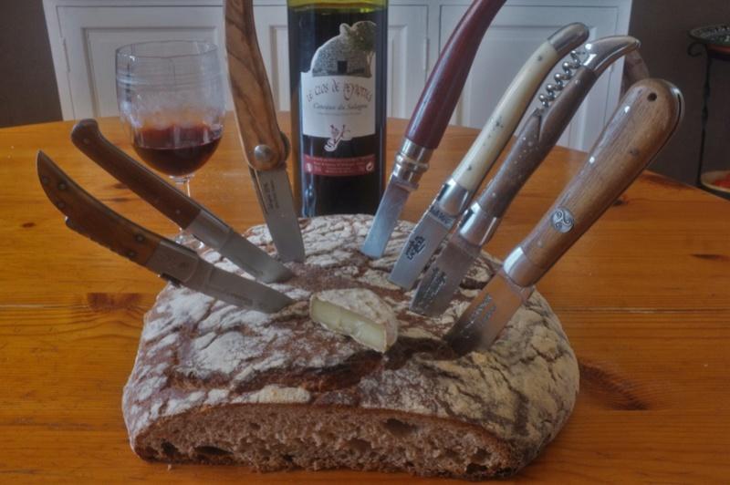 Vous aimez les couteaux? - Page 10 Dscf7014