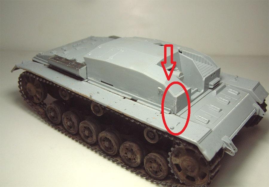 [CyberHobby] Stug III B - 1/35e - 16072610