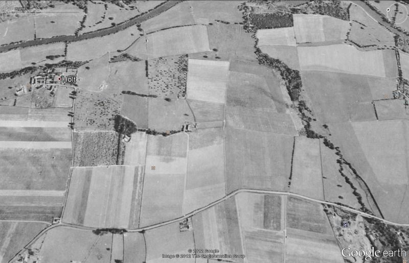Les labyrinthes découverts dans Google Earth - Page 21 2012-179