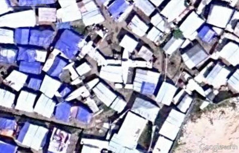 Cimetière d'avions à Port-au-Prince - Haïti 2012-186