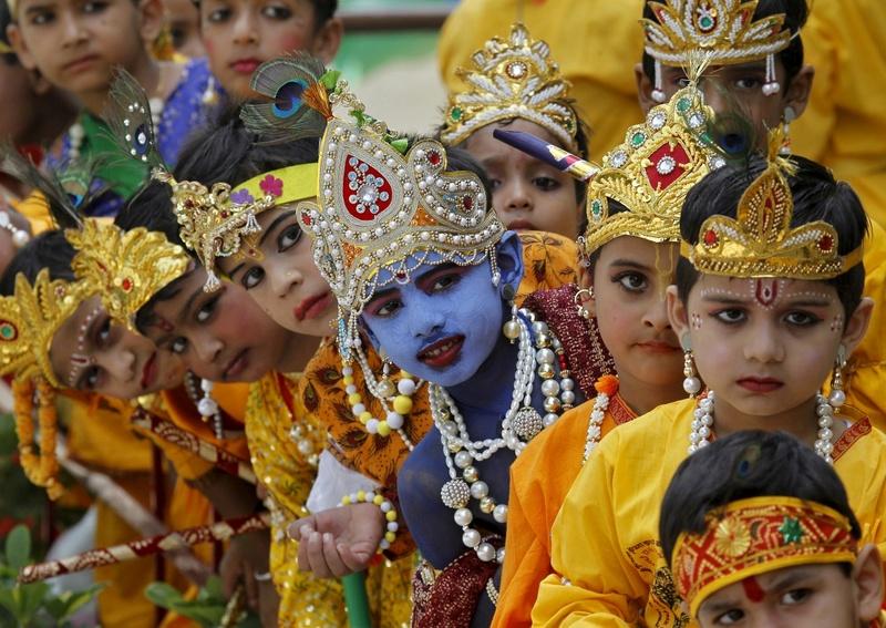 Les maitres spirituels de l'hindouisme Krishn10