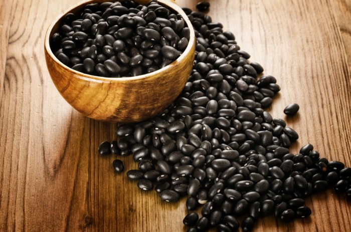 Thực phẩm giàu protein cho người ăn chay Black-10