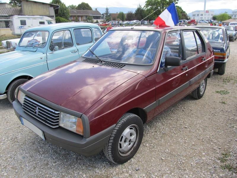 30ème rassemblement de véhicules anciens de Rumilly (74) Img_1410