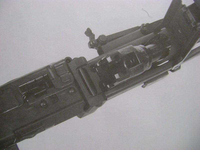 MG42 bloquée Dsc01067