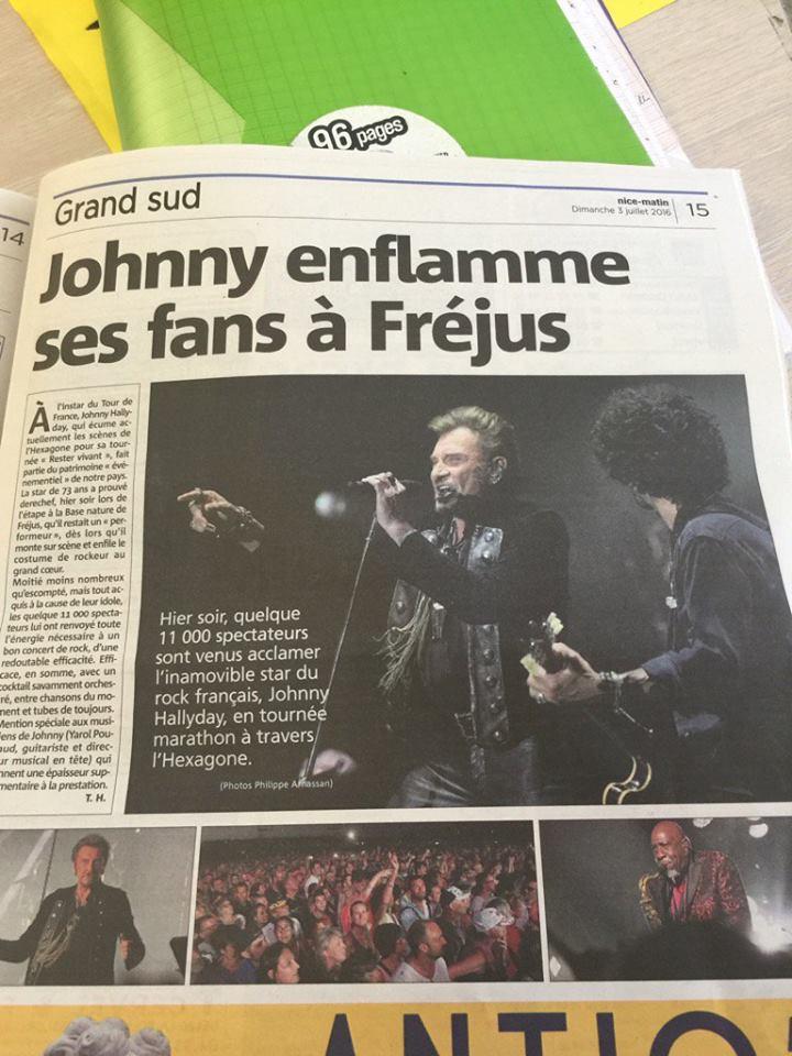 """Tournée 2015/2016 de johnny """"RESTER VIVANT """" Part 2..LA TOURNEE - Page 3 13524410"""