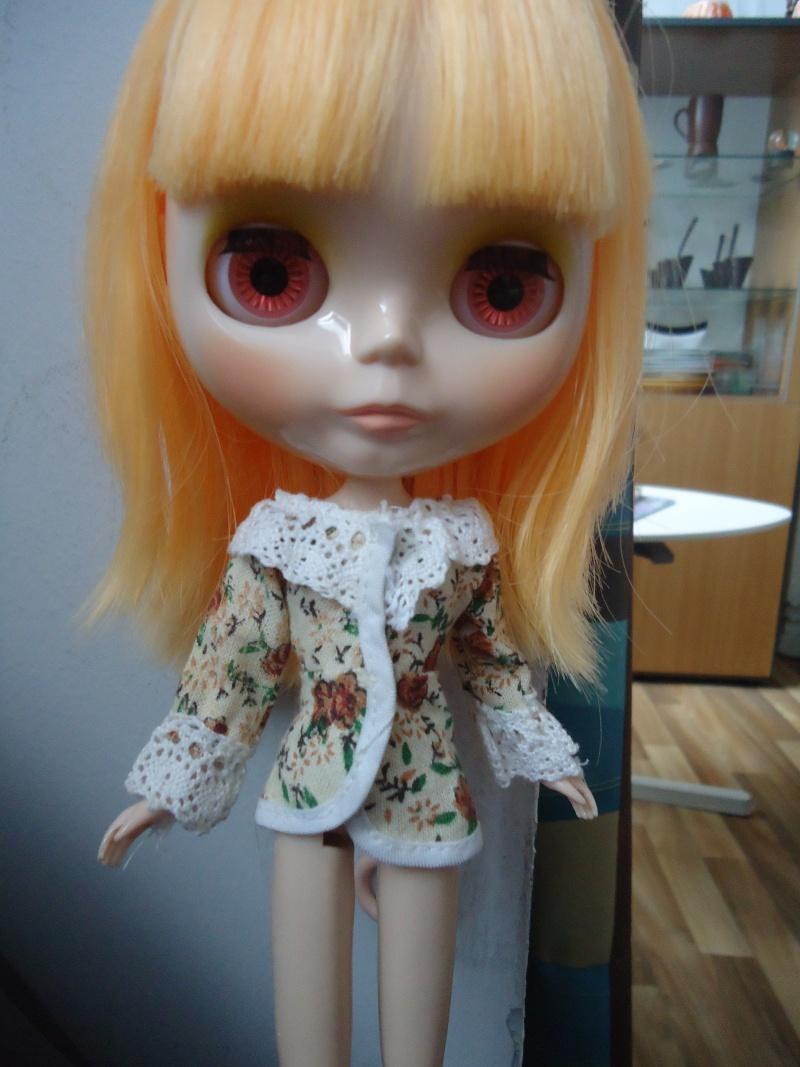 outfit Blythe vs Barbie, la réponse Dsc00818