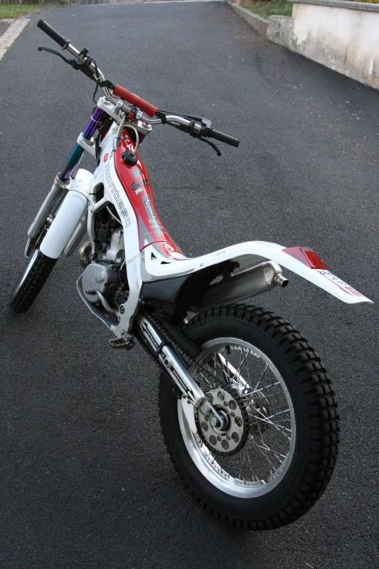 A vendre - MONTESA COTA 315R - AM 2004 - Kit déco blanc Img_5810