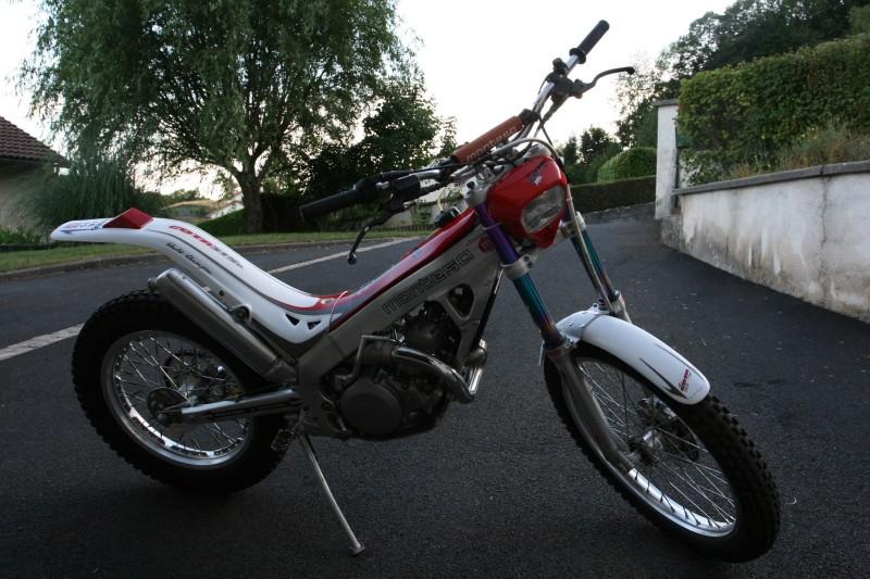 A vendre - MONTESA COTA 315R - AM 2004 - Kit déco blanc M000310