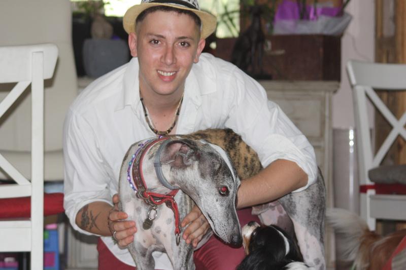 Izan galgo mâle à l'adoption  Scooby France –  Adopté ! - Page 38 Img_3117