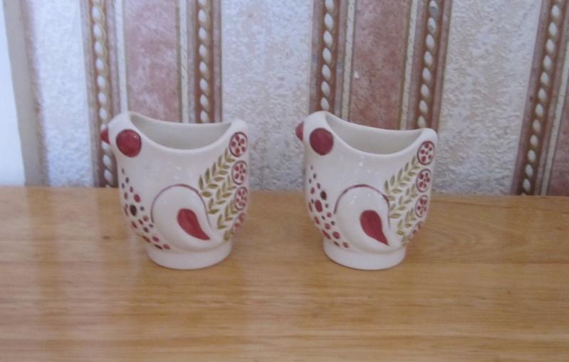 Retro chicken design egg cups Image12