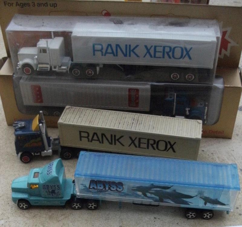 N°604 Kenworth + semi remorque container  ( version lisse ) Dscf7410