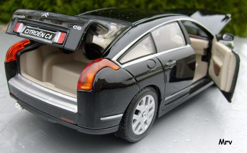 C6 2005 Burago 1/20 S6300410