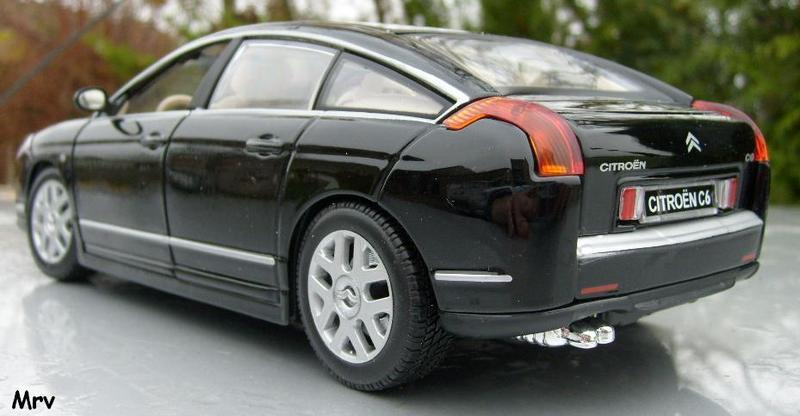 C6 2005 Burago 1/20 S6300411