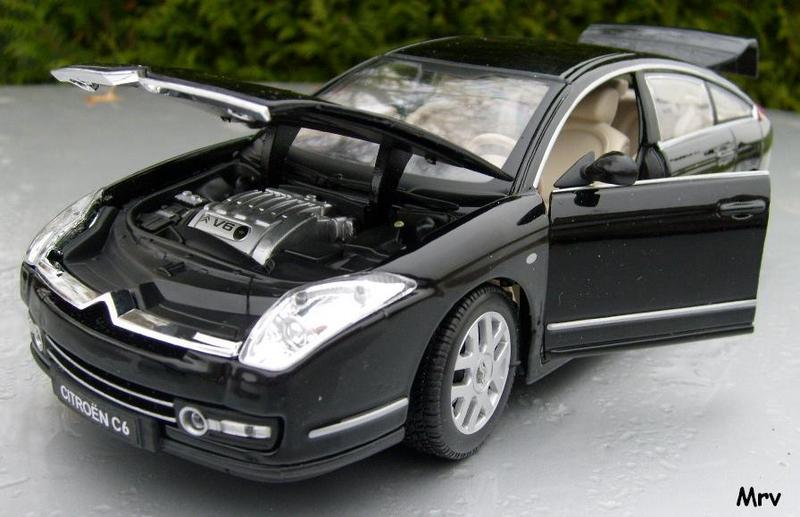 C6 2005 Burago 1/20 S6300413