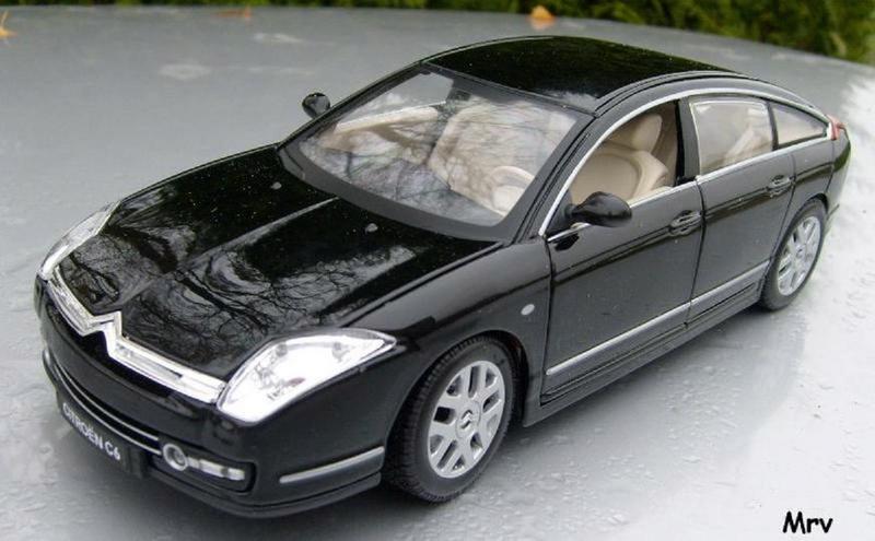 C6 2005 Burago 1/20 S6300415
