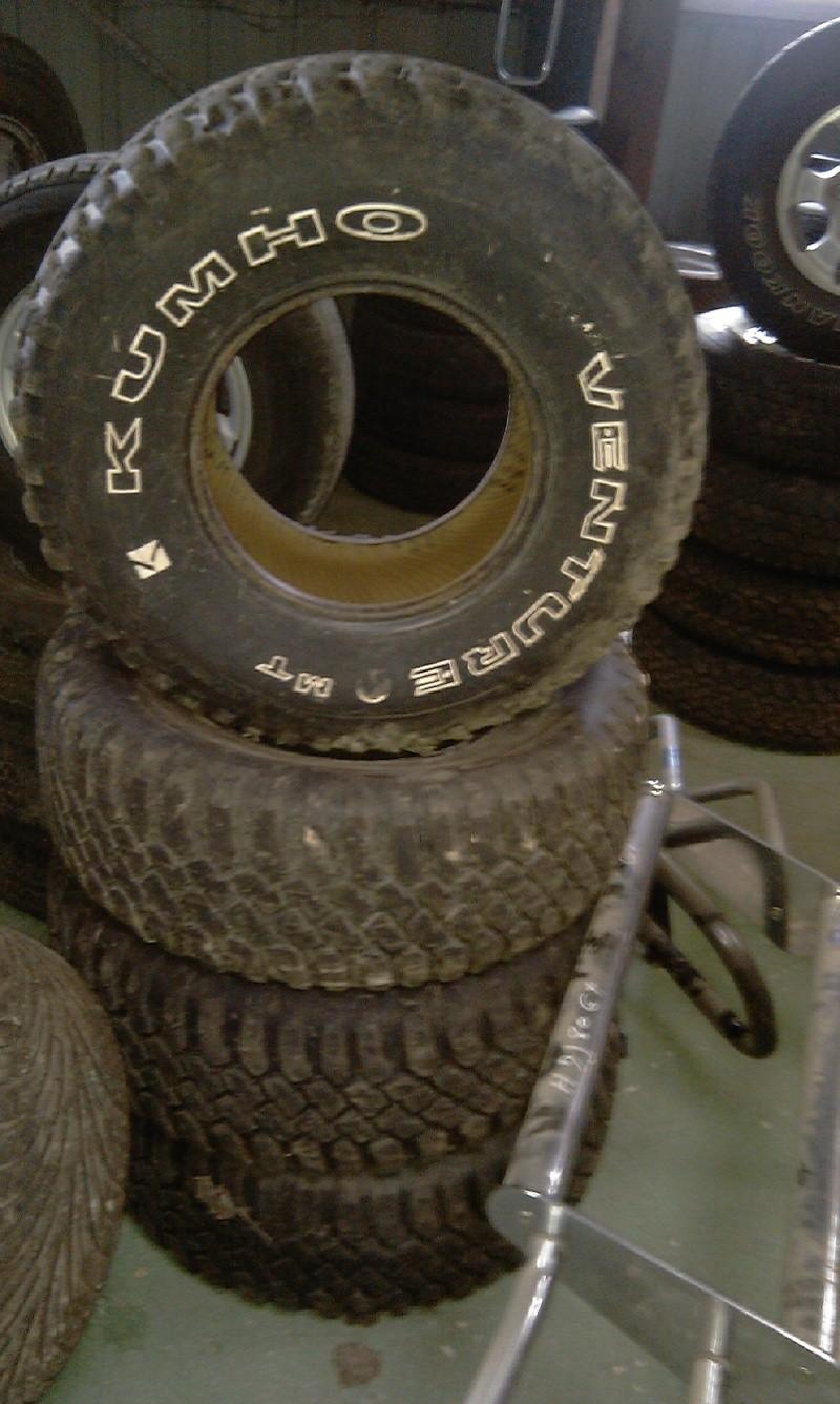 problème de pneus..... :( Imag0110
