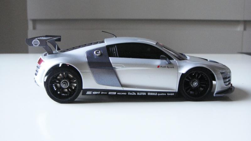 Présentation de ma MR03 Audi R8 LMS Dsc09613
