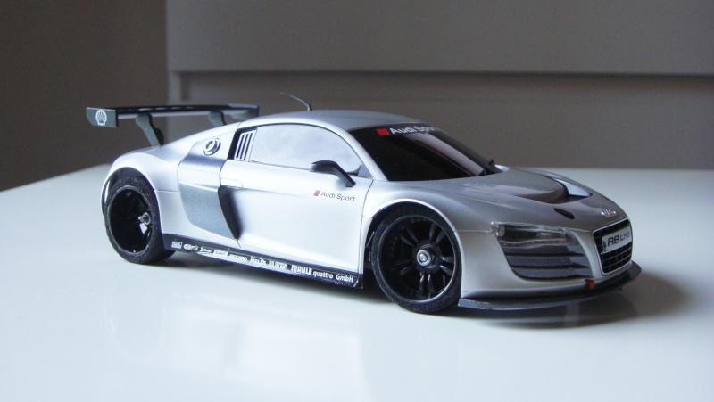 Présentation de ma MR03 Audi R8 LMS Dsc09614