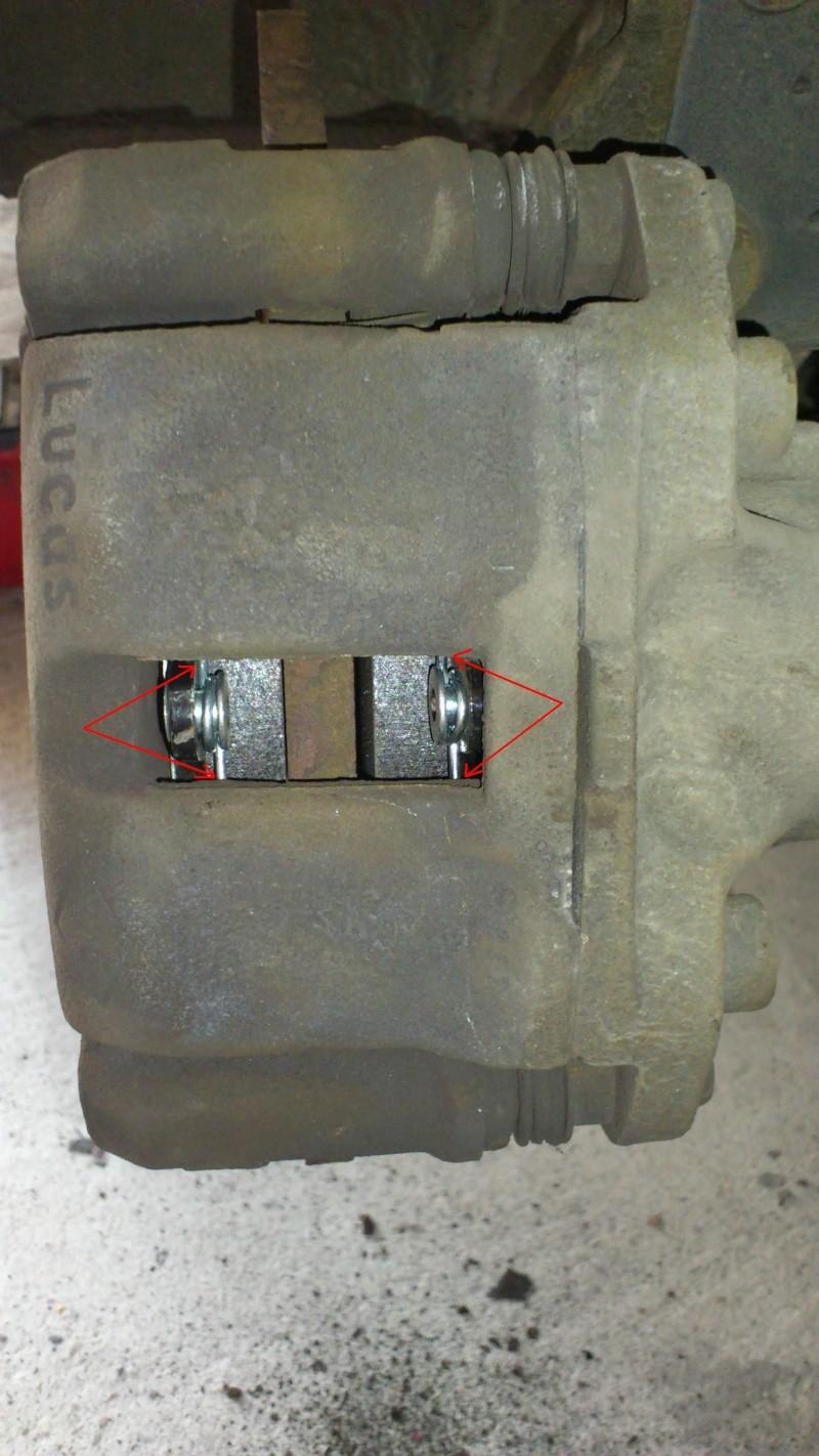 [ Renault twingo ] Remplacement plaquettes de frein ( TUTO ) 1110
