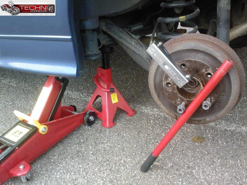 [ BMW E36 316i M40 an 1992 ] déséqulibre freinage arrière tambours Sp_a0110