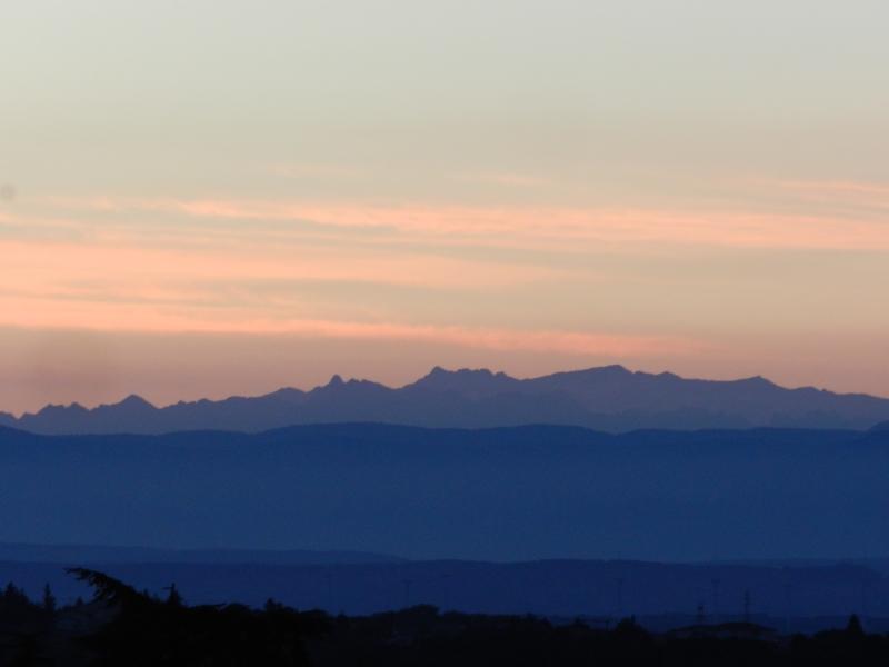 Lever de soleil sur les Alpes  Marcla13
