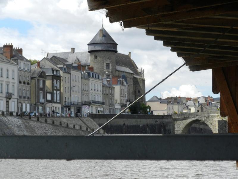 Bateaux-lavoirs de Laval Vauvyr11