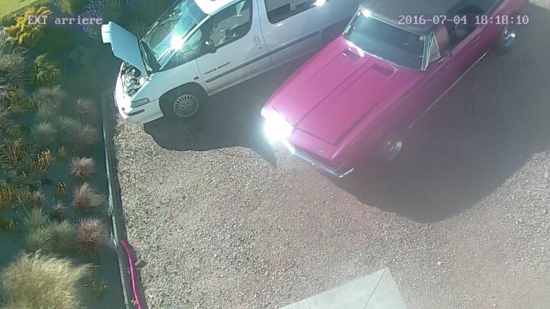 voila la camaro a une copine de garage   - Page 6 Img_ch11