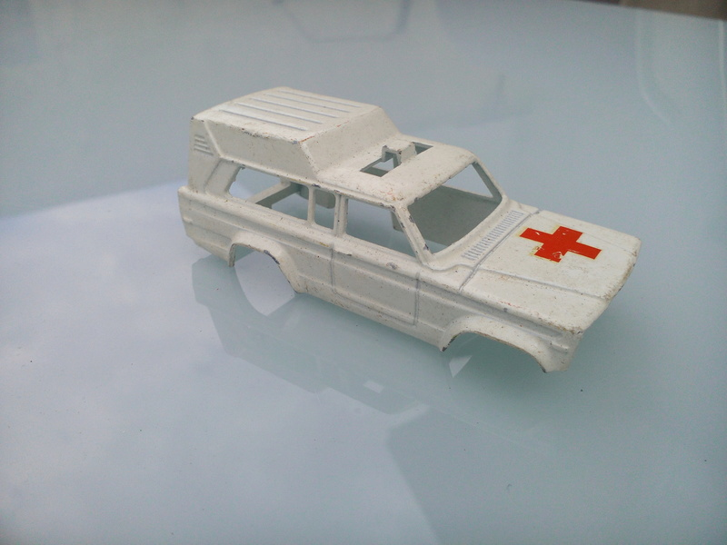 N°269 JEEP CHEROKEE AMBULANCE Img_2075