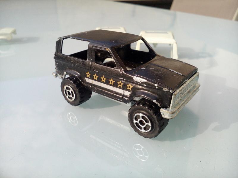 N°251 ford bronco Img_2086