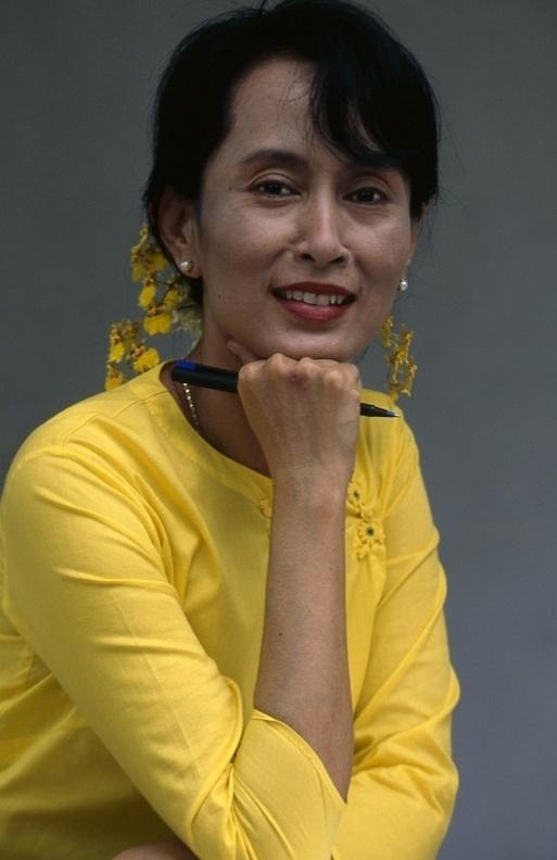 25 ans d'aventures en Birmanie : un livre de Thierry Falise  Screen34