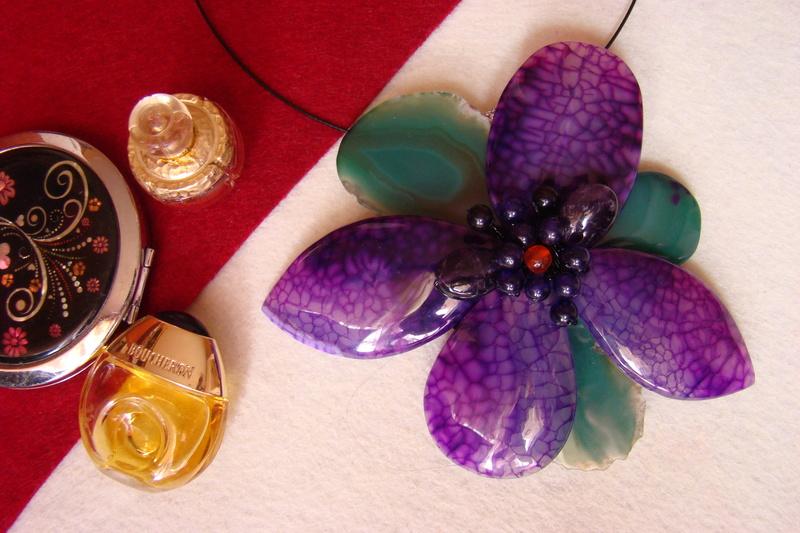 """""""Flori de piatră-Bijoux"""" albumul I-bijuterii artizanale marca Didina Sava - Pagina 3 Colier33"""