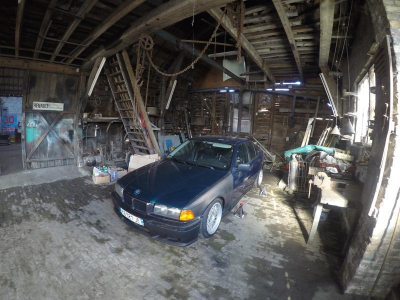 BMW E36 320i pour faire du Grift Gopr0010