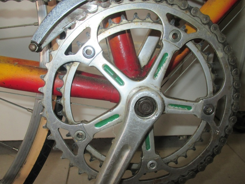 Vélo repeint à identifier Img_0722