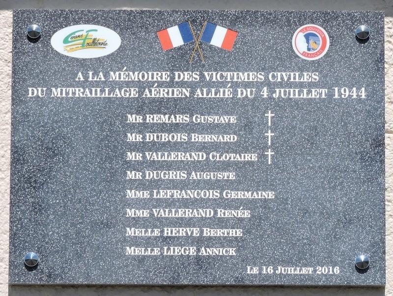 Plaque Commémorative en hommage à des Civiles  . Dscn8622