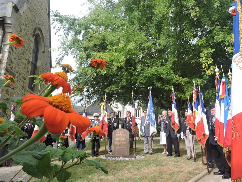 11 Août 2015 - Cérémonie à la mémoire du Sous Lt B. d ' Arcanques . Dscn9314