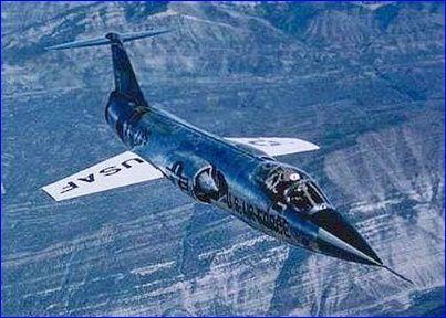 SV-154 Macross Delta F-104_10