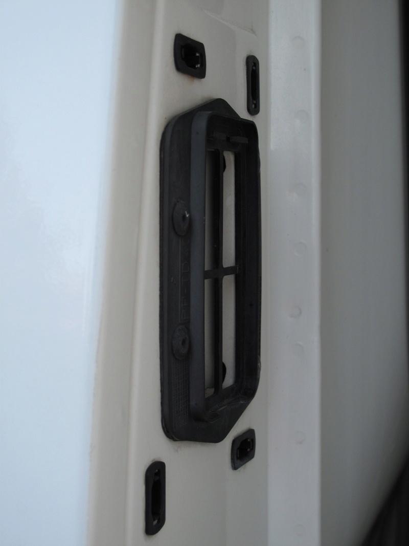 [Mk5] - Chassis cab' caisse déménagement - Page 5 Img_1815