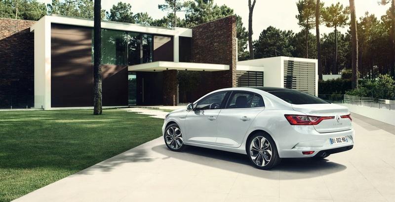 2016 - [Renault] Megane Sedan (LFF) - Page 6 Mygane11